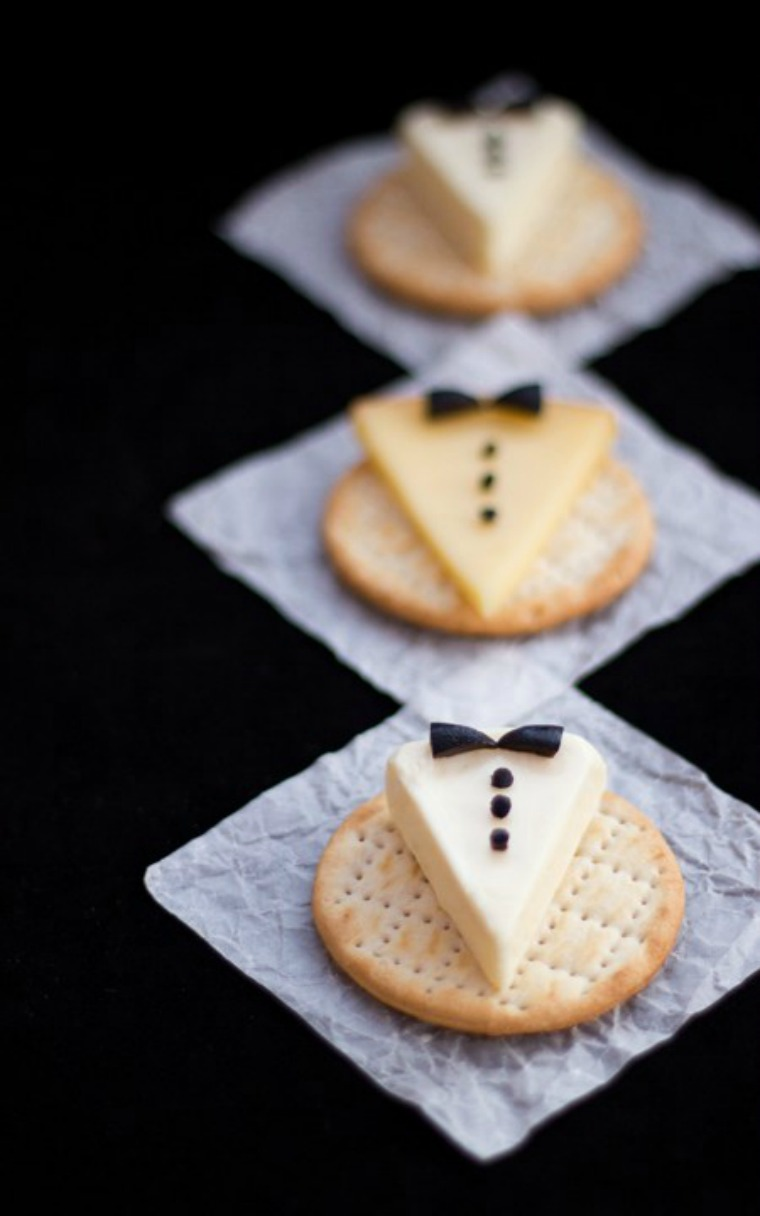 tuxedo cheese crackers tide and thyme