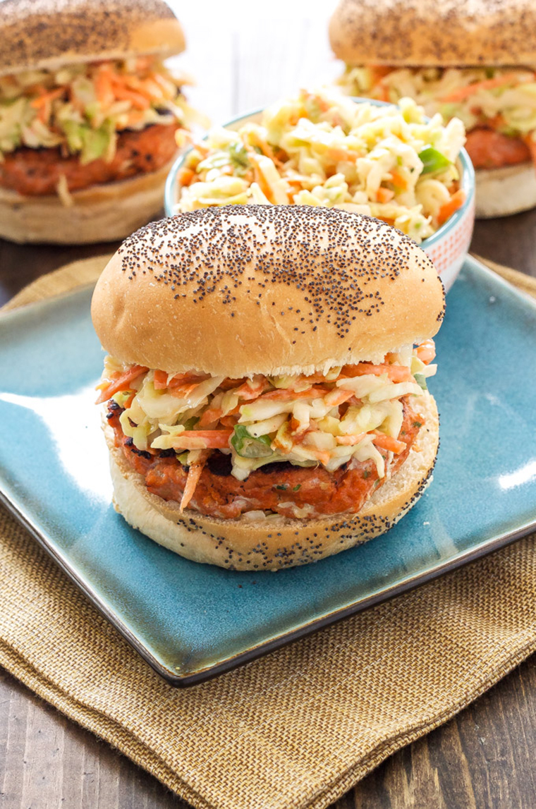 Teriyaki salmon burger with asian slaw by Recipe Runner