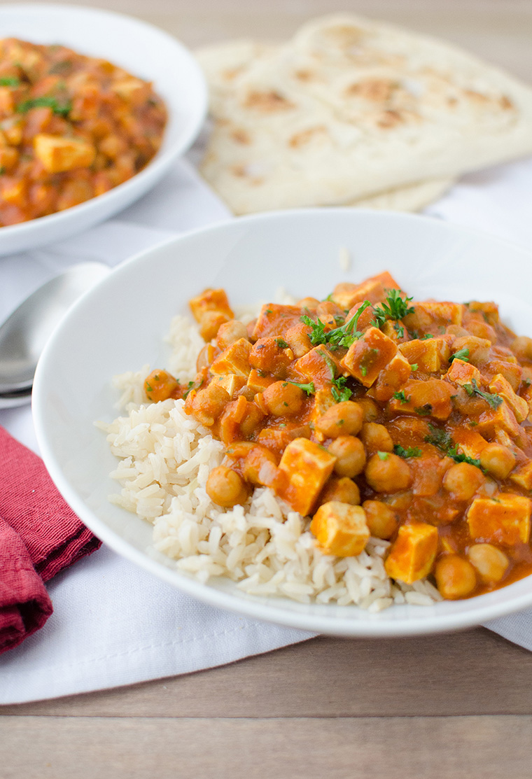 slow cooker butter chickpeas by delish knowledge