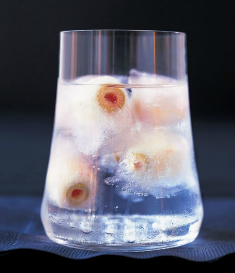 eyeball highball halloween cocktail this mama cooks
