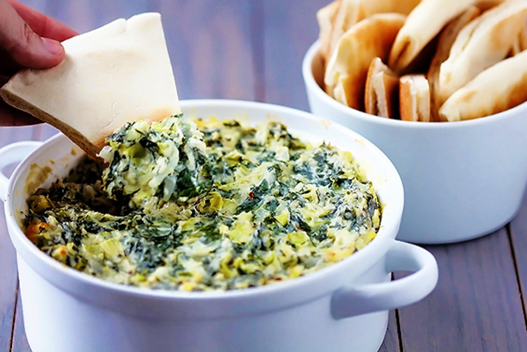 spinach artichoke dip by gimme some oven