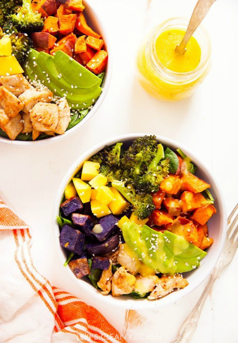 chicken buddha bowl with spicy mango sauce lexis clean kitchen